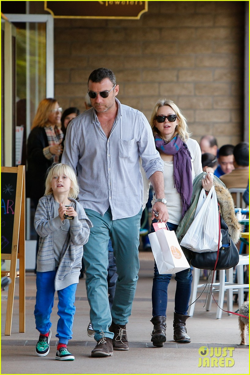 naomi watts liev schrieber hang with their boys 13