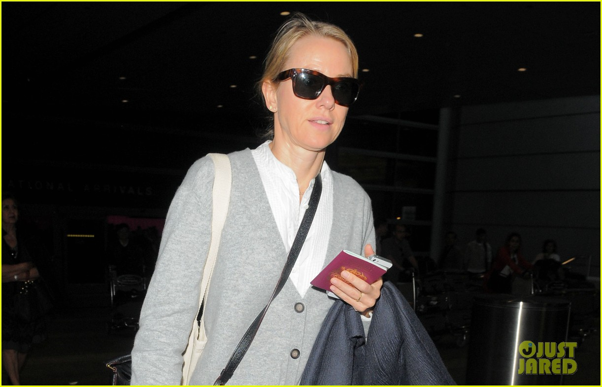 naomi watts back in america after quick trip to milan 03