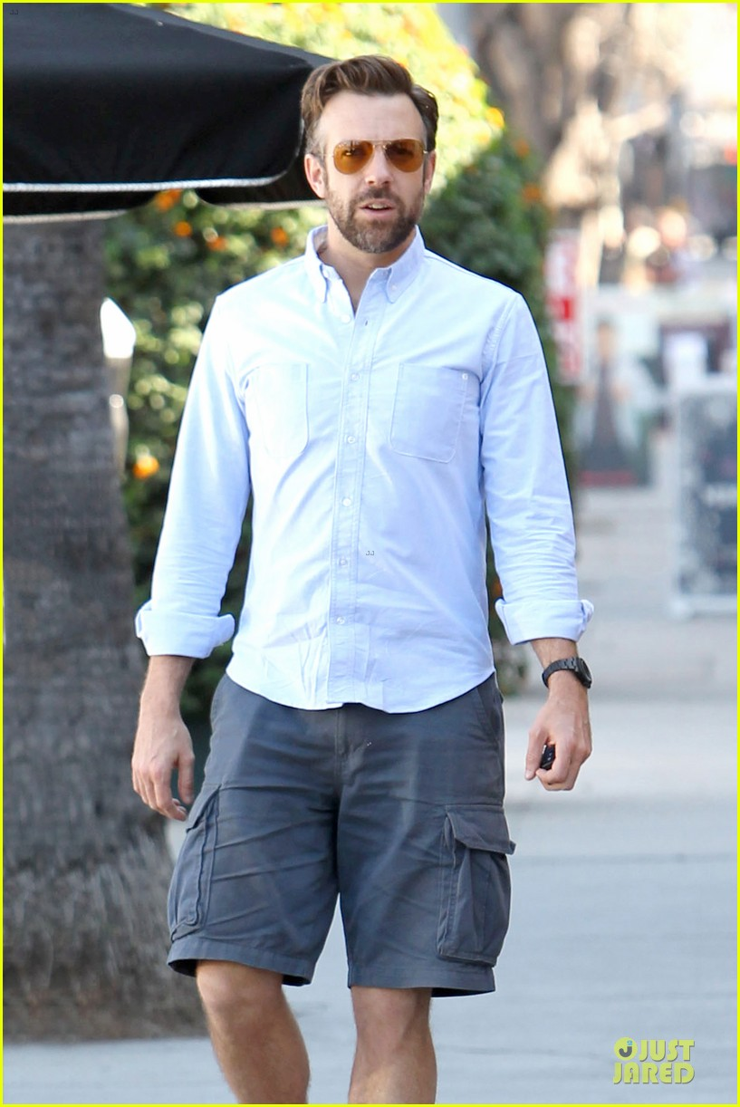 olivia wilde jason sudeikis ends week with separate lunch outings 043058293