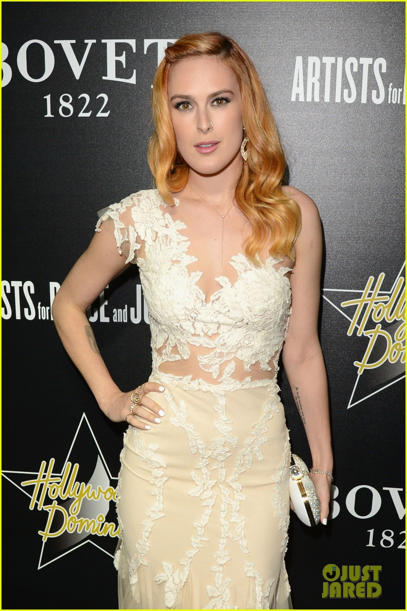rumer willis belts out a song at hollywood domino gala 08