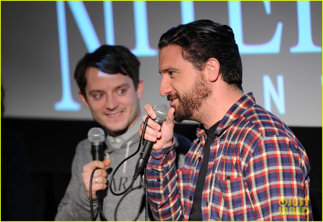 elijah wood grand piano screening with director eugenio mira 08
