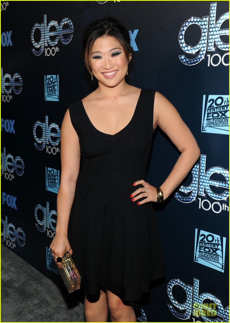 dianna agron jenna ushkowitz glee 100th celebration 143074451