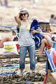 kristen bell dax shepard beach bodies hawaii 23