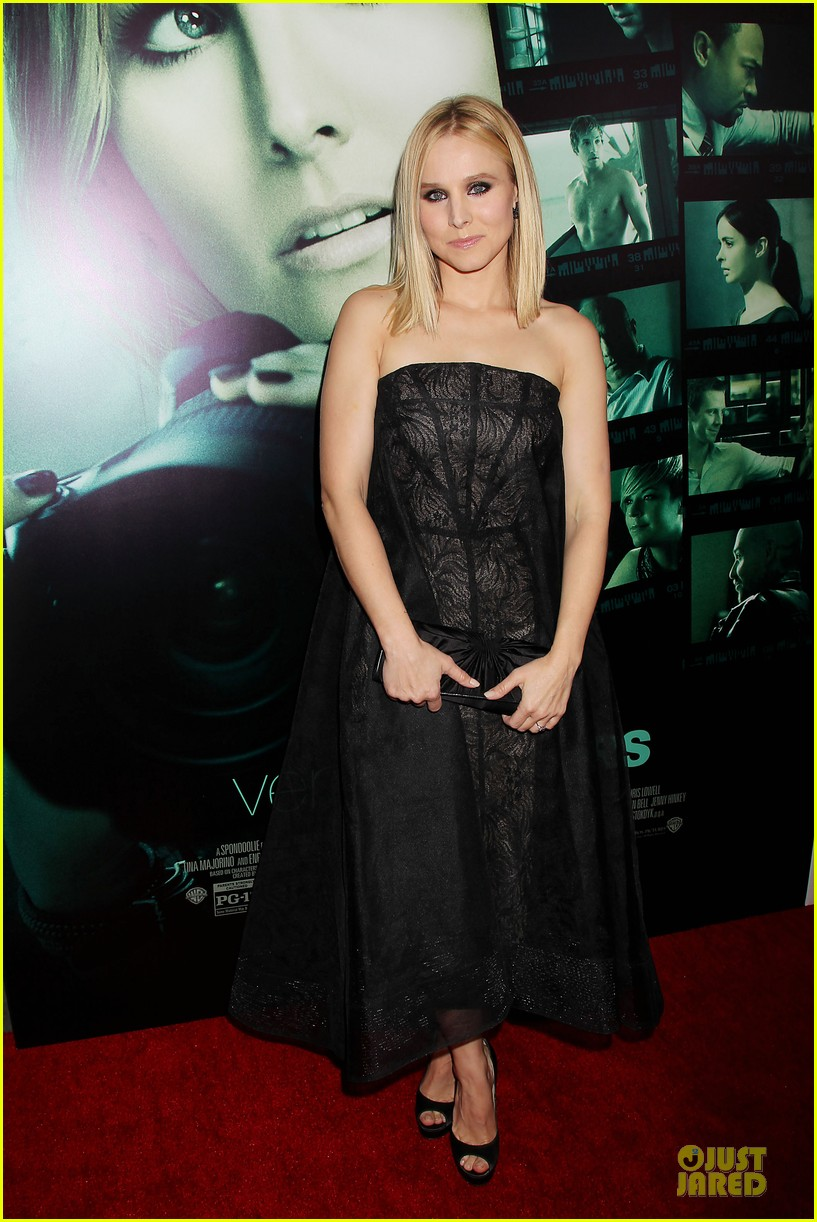 kristen bell chris lowell glam up the veronica mars nyc screening 053069531
