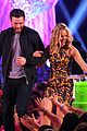 chris evans kristen bell present at kids choice awards 2014 08