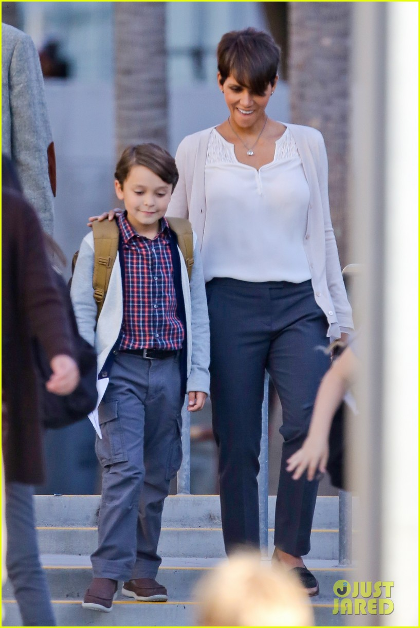 halle berry gets to work on extant 163073753