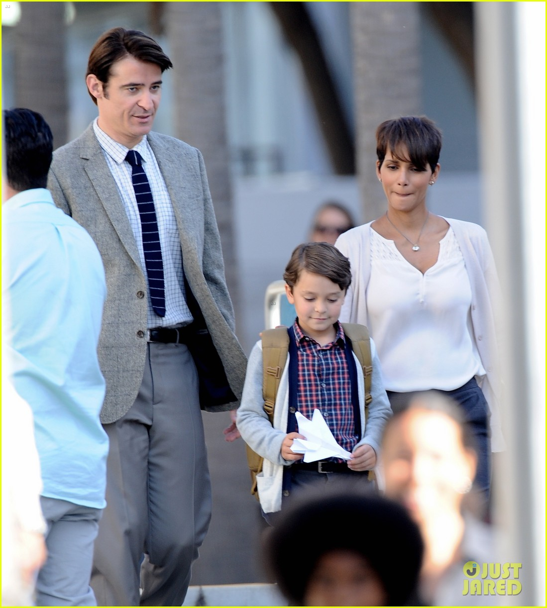halle berry gets to work on extant 243073761