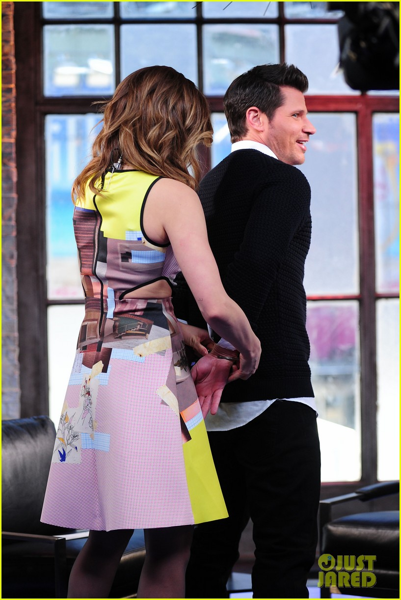 sophia bush nicky lachey reminisce about kissing on big morning buzz live 07
