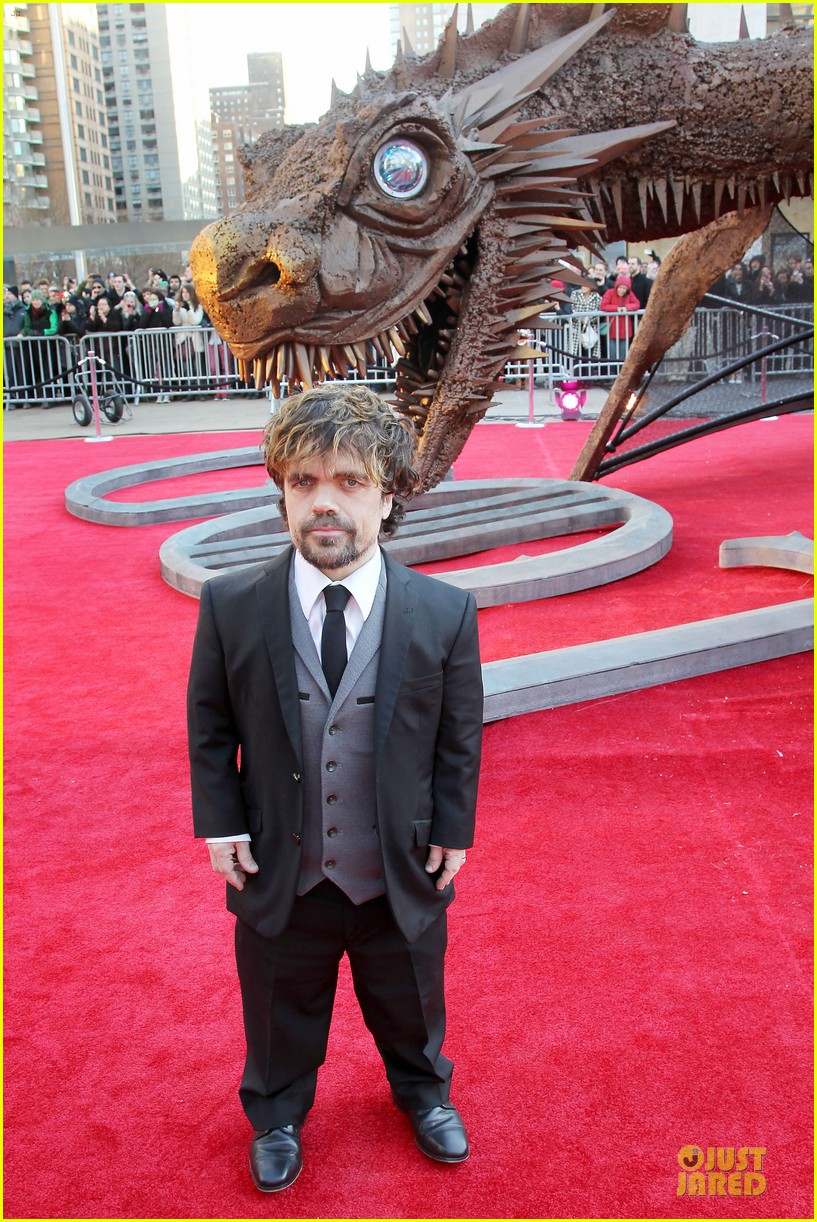 emilia clarke peter dinklage game of thrones season 4 premiere 263074290
