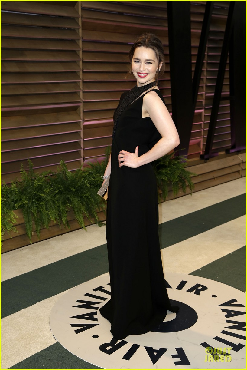 emilia clarke wows with an intricate neckline at vanity fair oscars party 2014 05