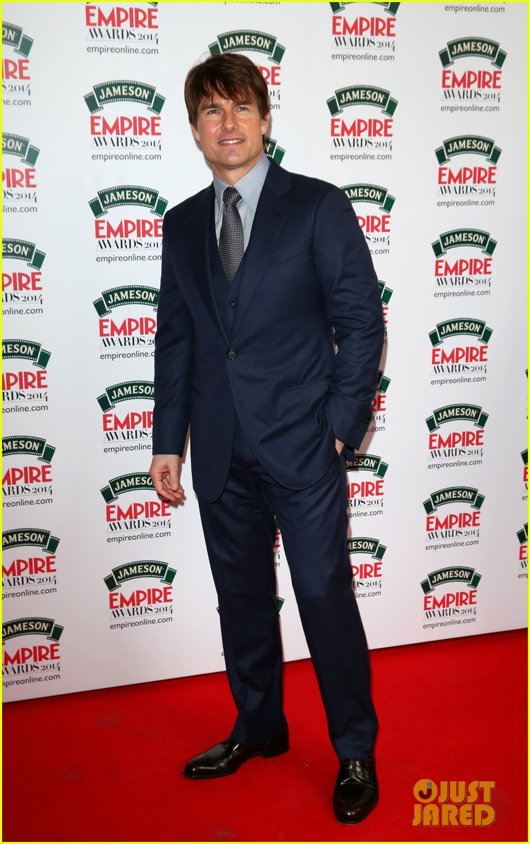 tom cruise joins jack reacher co star jameson awards 01