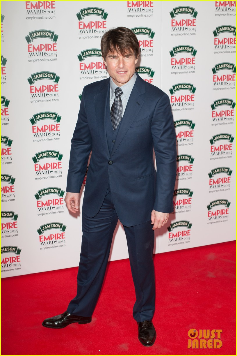 tom cruise joins jack reacher co star jameson awards 06
