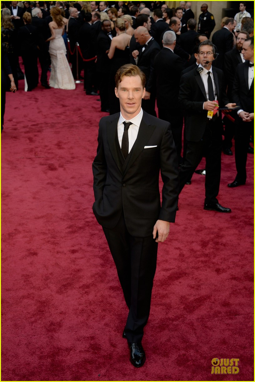 benedict cumberbatch oscars 2014 red carpet 033064036