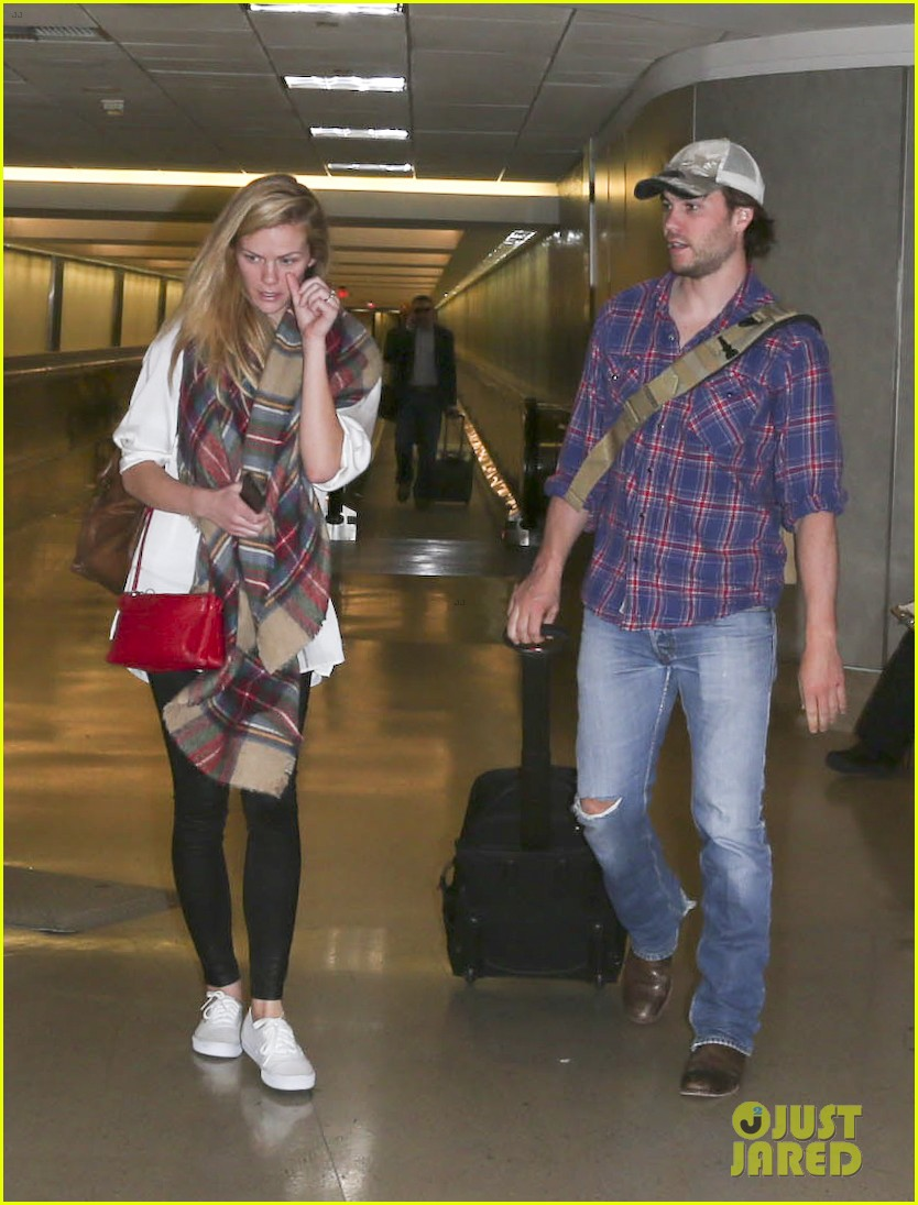 brooklyn decker taylor kitsch battleship reunion lax 15