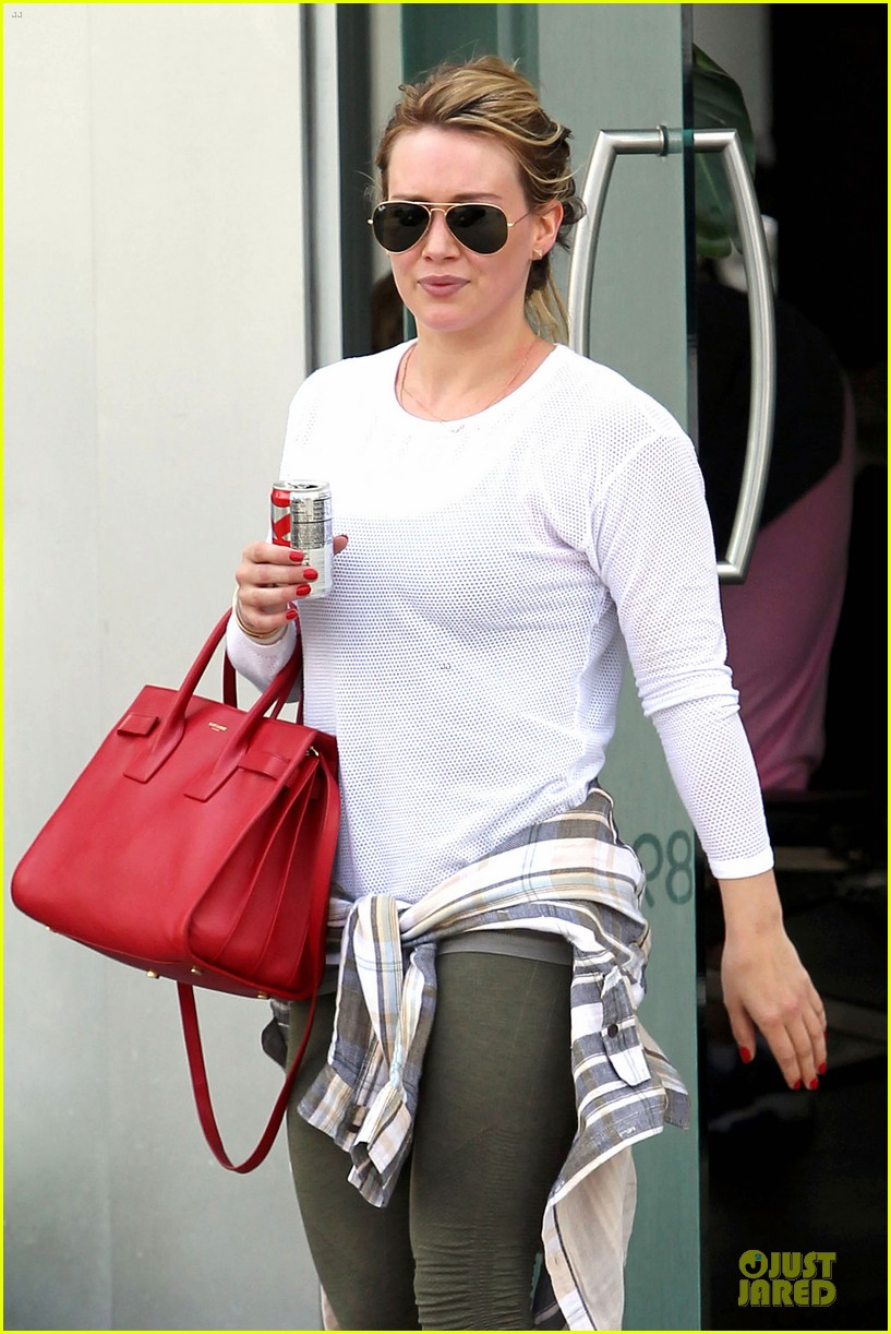 hilary duff stylish with red 04