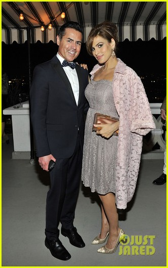 eva mendes new york company spring launch dinner 013075321