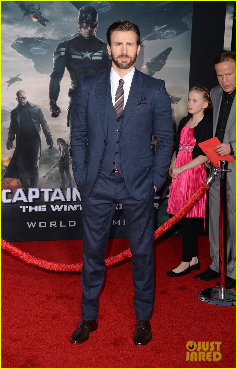 chris evans emily vancamp captain america premiere 043071634