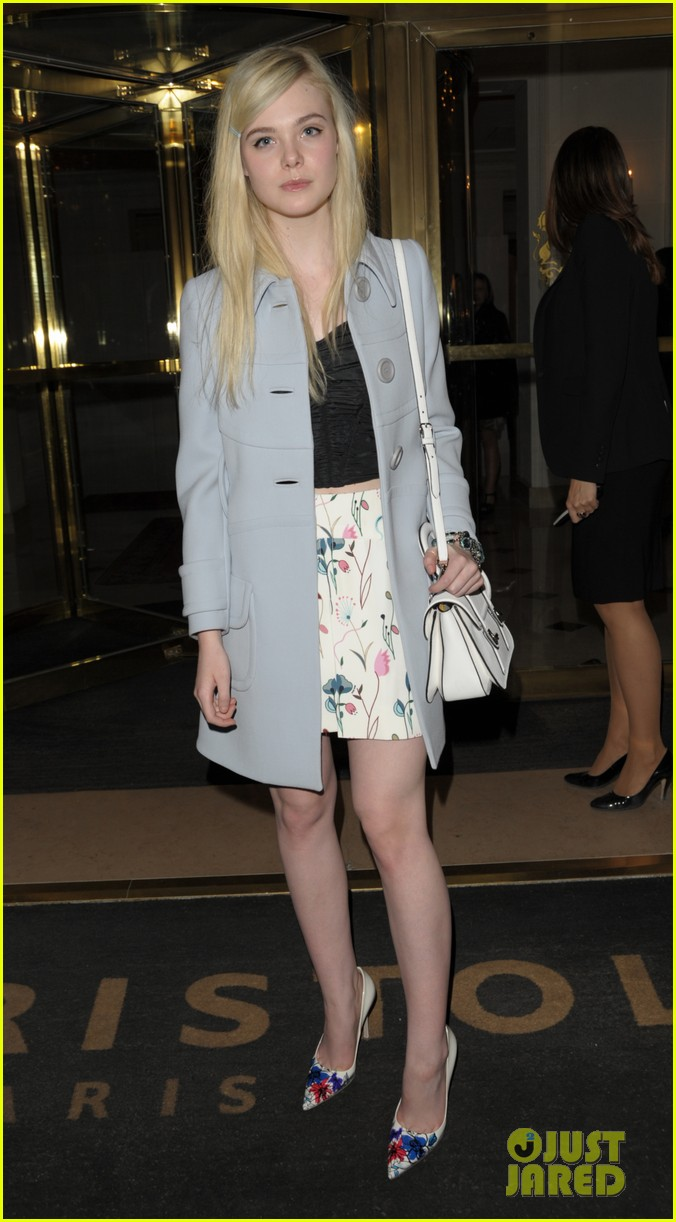 dakota elle fanning are chic sisters on separate continents 01