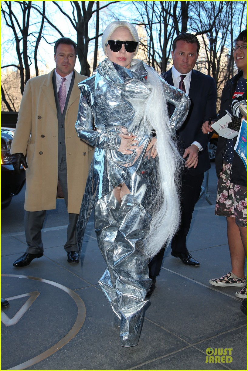 lady gaga shines in silver foil outfit 03
