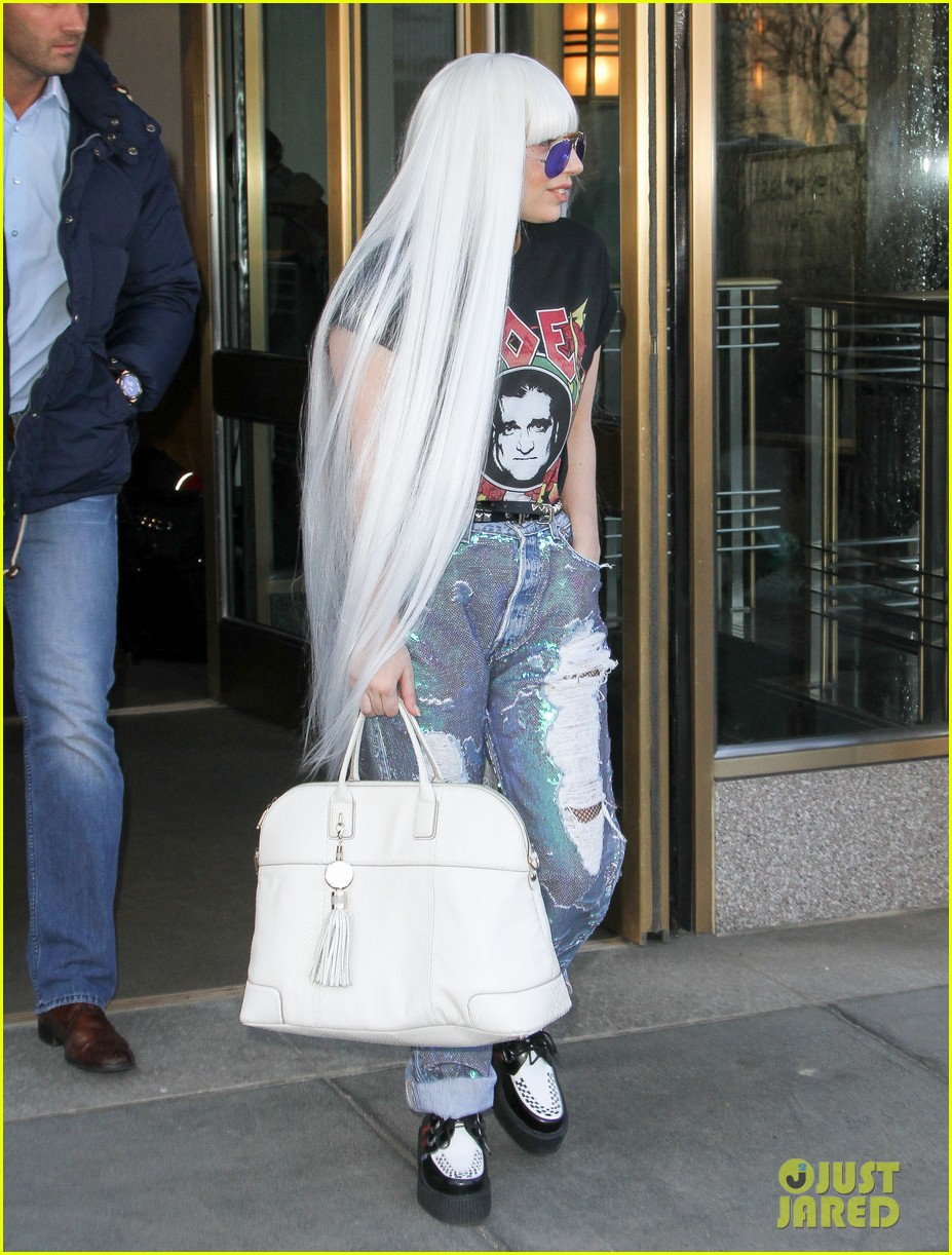 lady gaga wants you to know dont mess with joes daughters 05