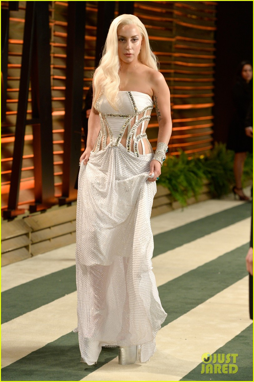 Lady Gaga Switches Dresses For Vanity Fair Oscars Party 2014 Photo 3064403 2014 Oscars Lady Gaga Pictures Just Jared