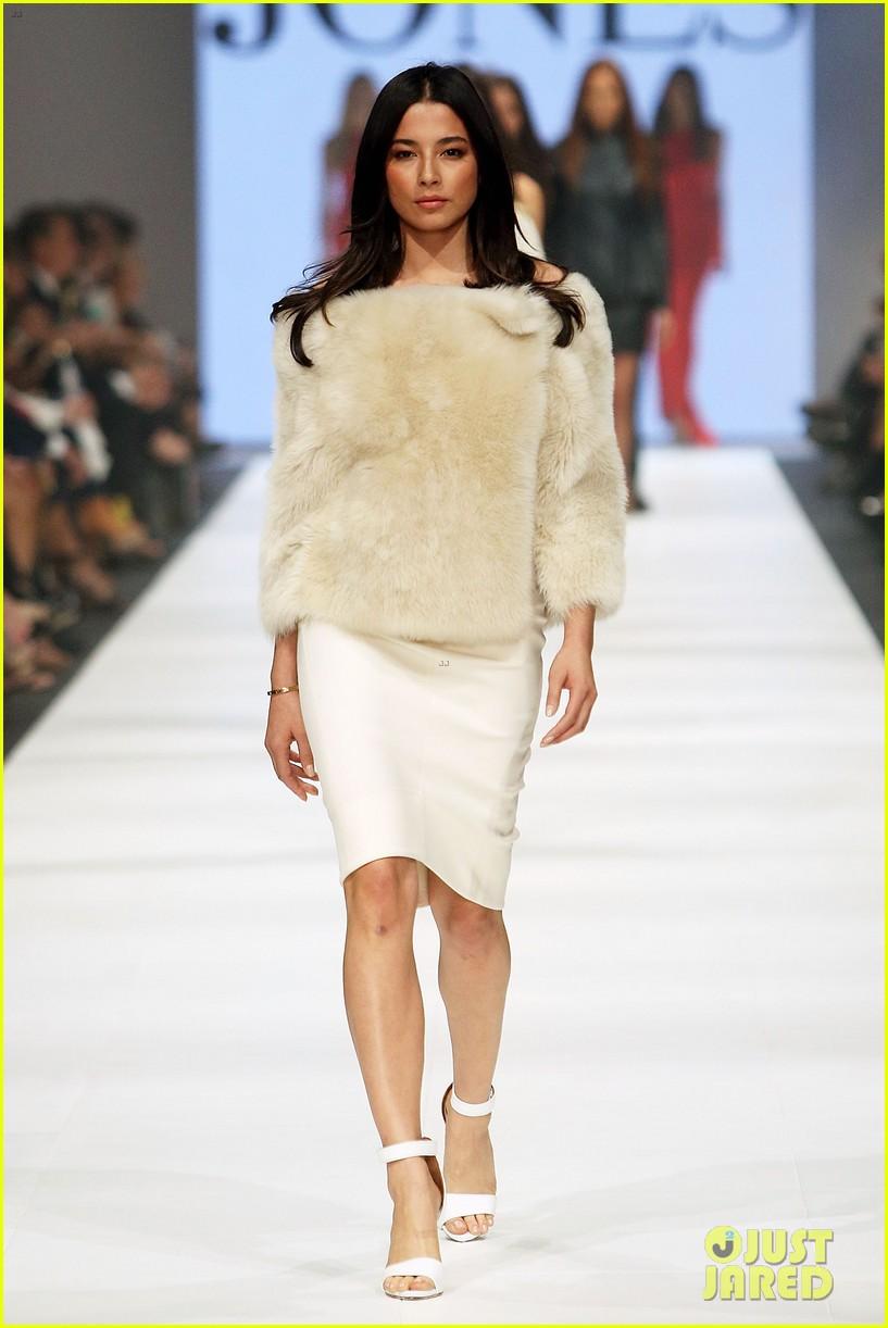jessica gomes david jones fashion show 09
