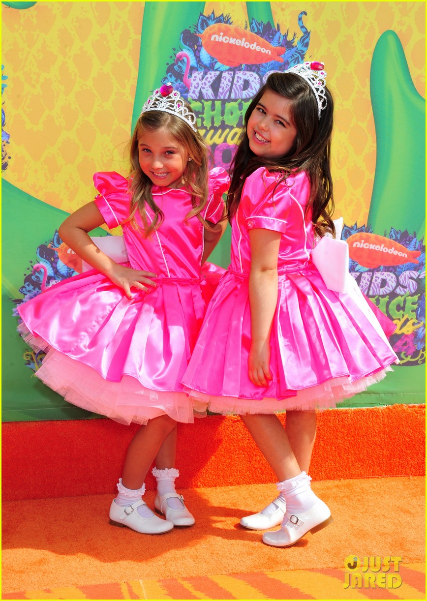 sophia grace rosie kids choice awards 2014 01