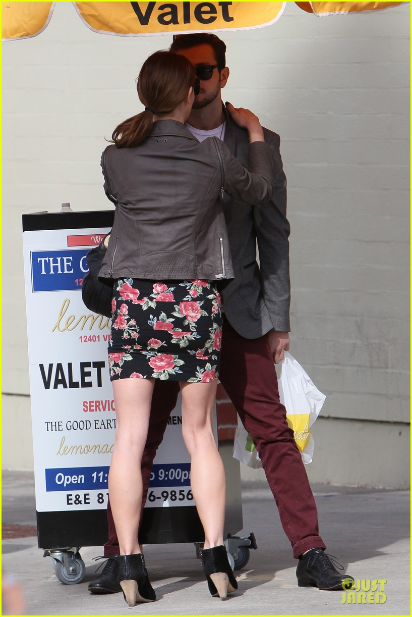 ashley greene paul khoury go in for a kiss after lunch 13