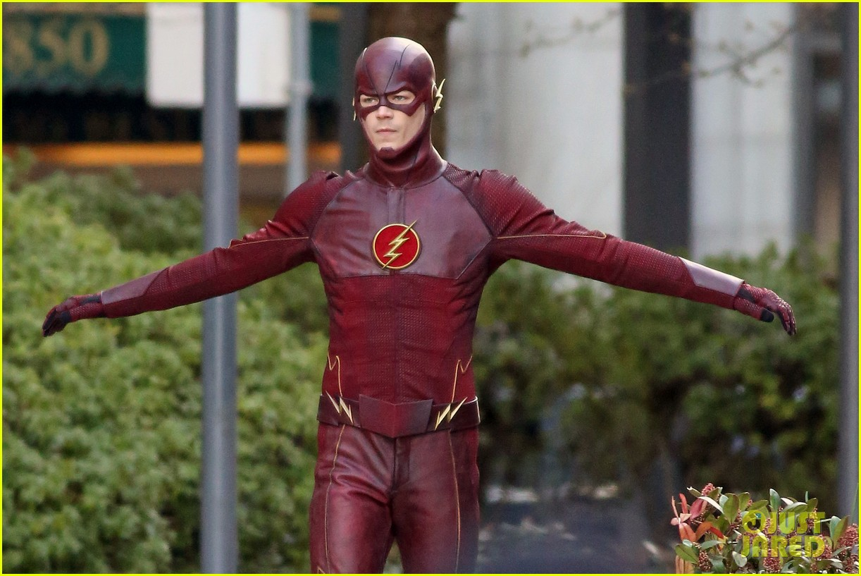 grant gustin flashes into action 10