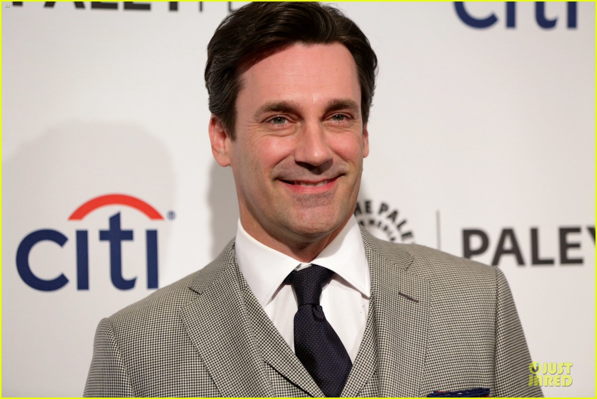 jon hamm elisabeth moss mad men trailer 023076367