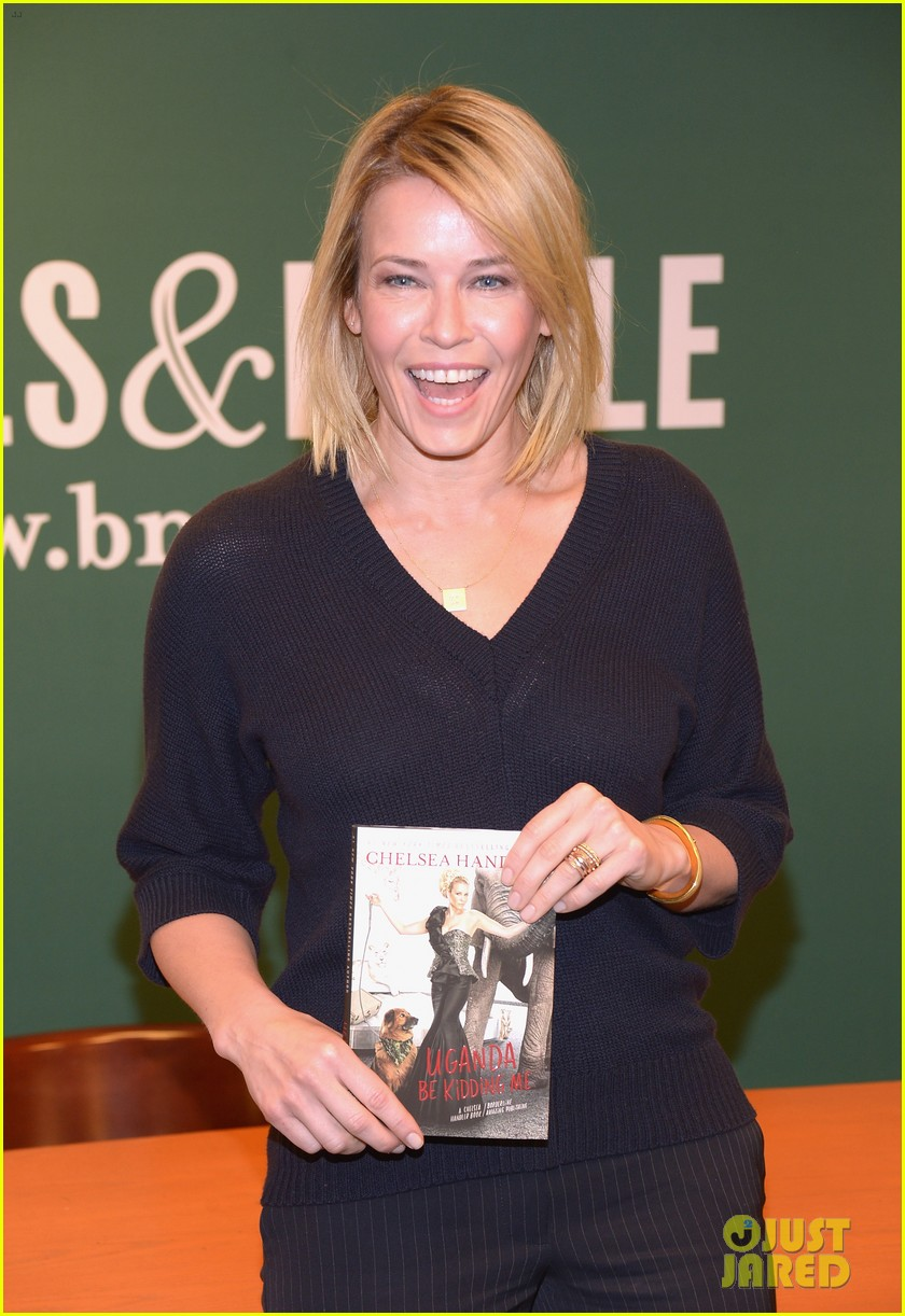 chelsea handler promotes new book on tonight show 02