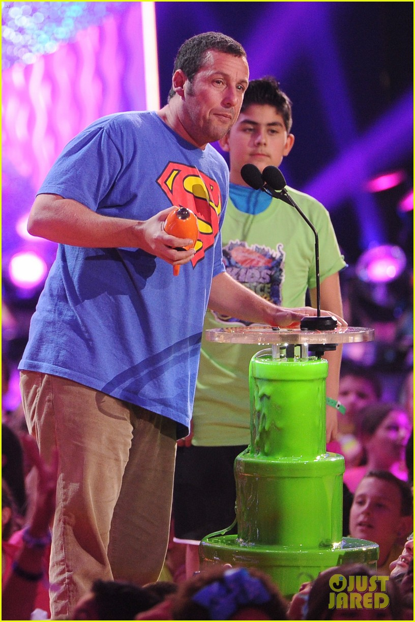 kevin hart adam sandler kids choice awards 2014 093081475