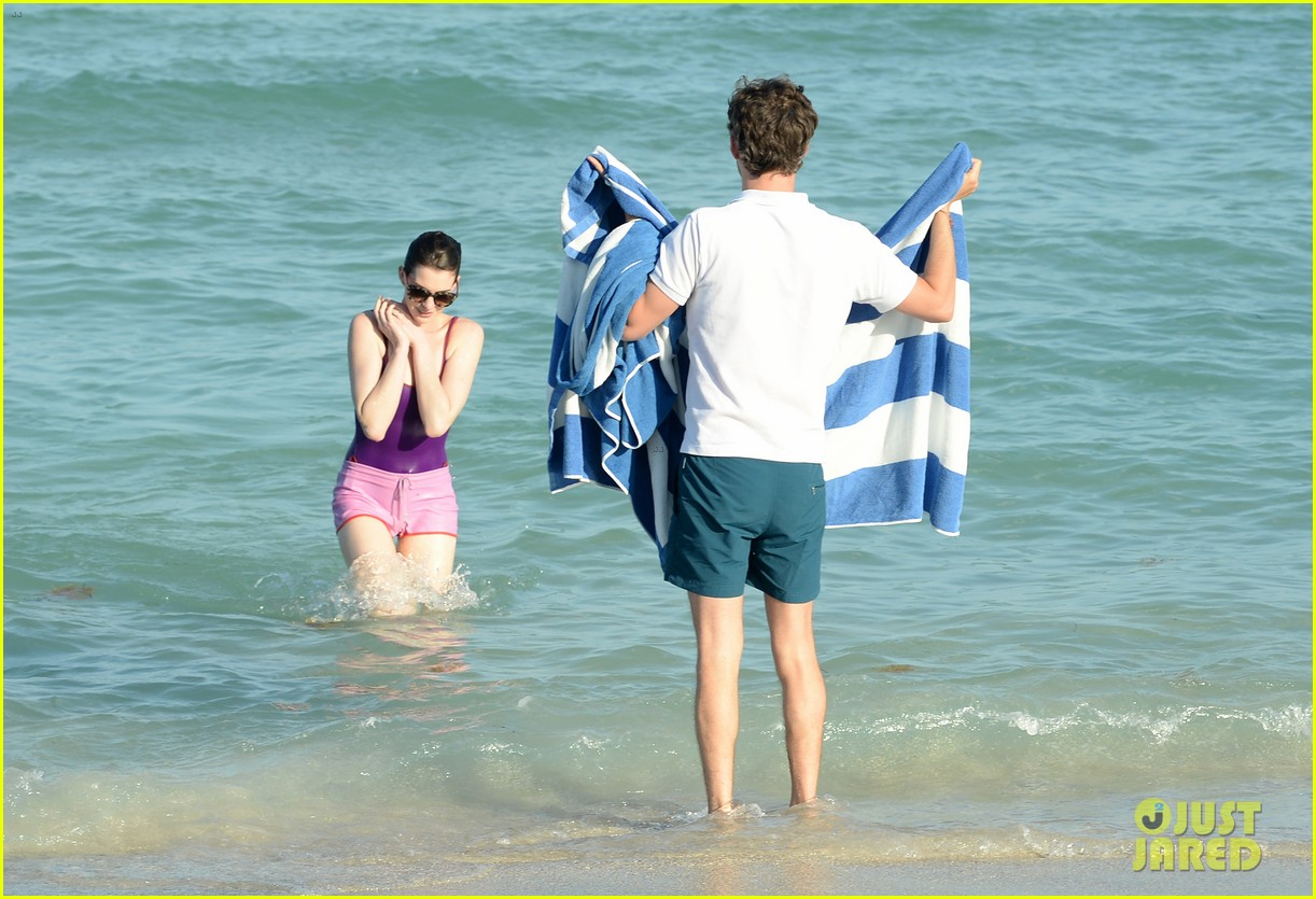 anne hathaway heads back for more beach fun in miami 05