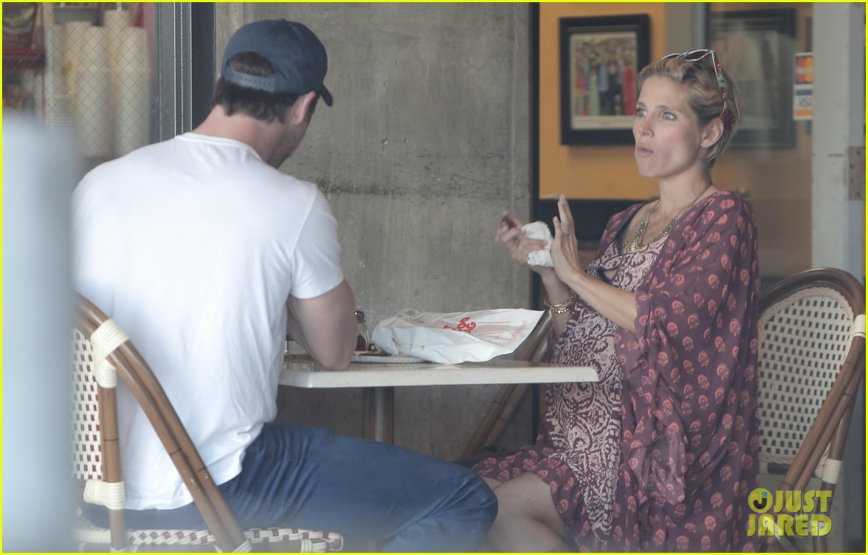 chris hemsworth elsa pataky enjoy lunch date 07