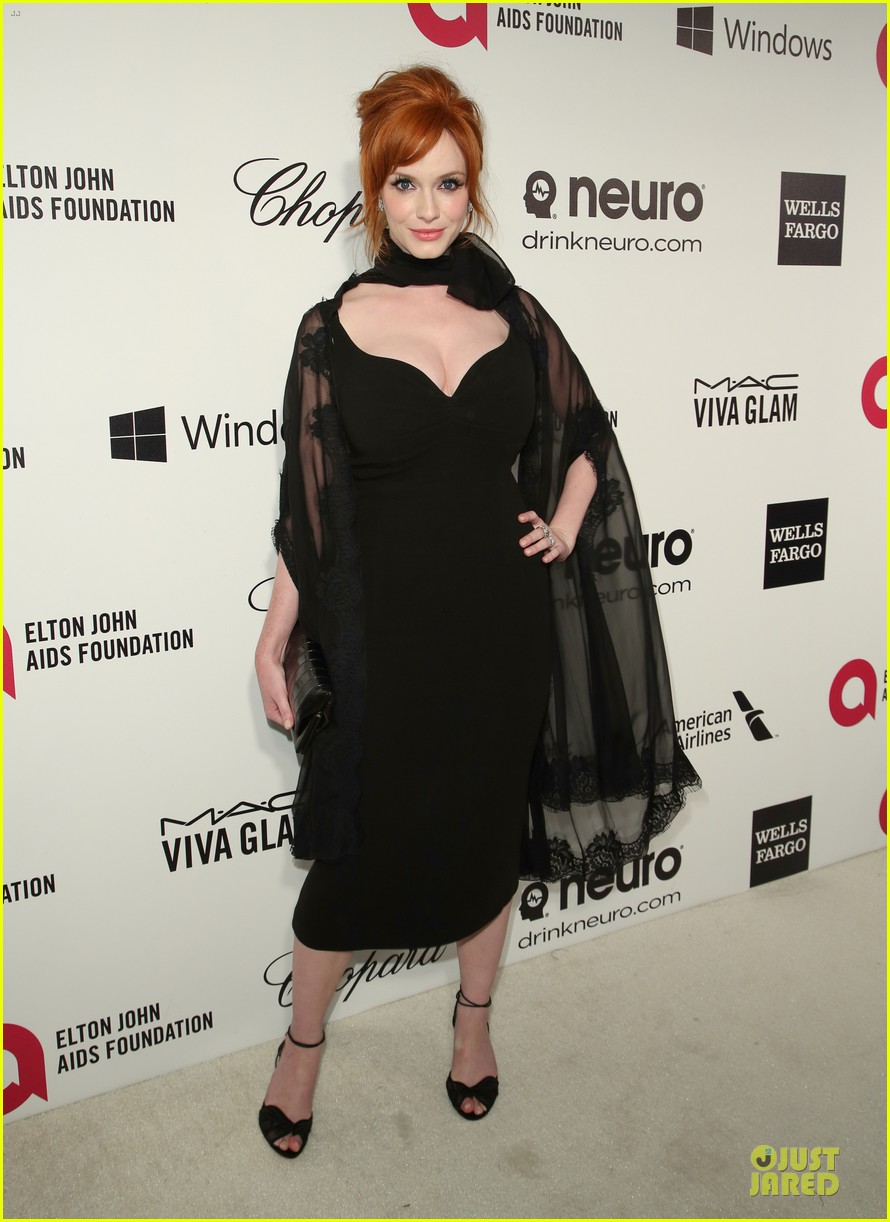 christina hendricks paz vaga show off their assets at elton john oscars party 2014 133065032