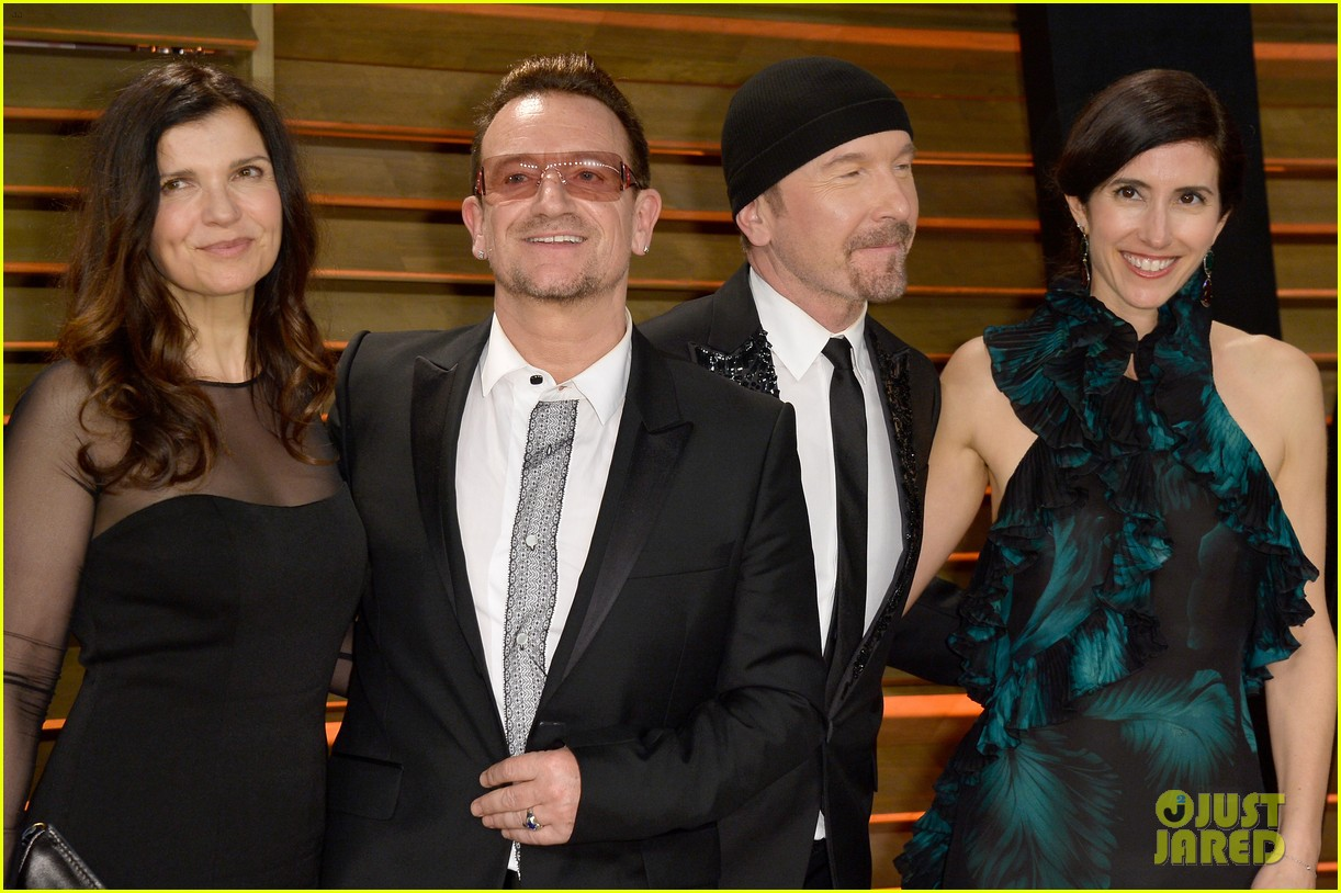 eve hewson bono attend vanity fair oscar party after performing 05