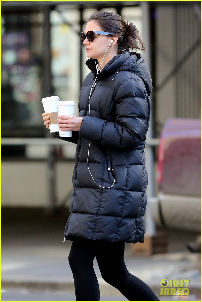 katie holmes new york has been very good to suri me 25