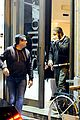 jake gyllenhaal dines out with mystery gal in rome 17