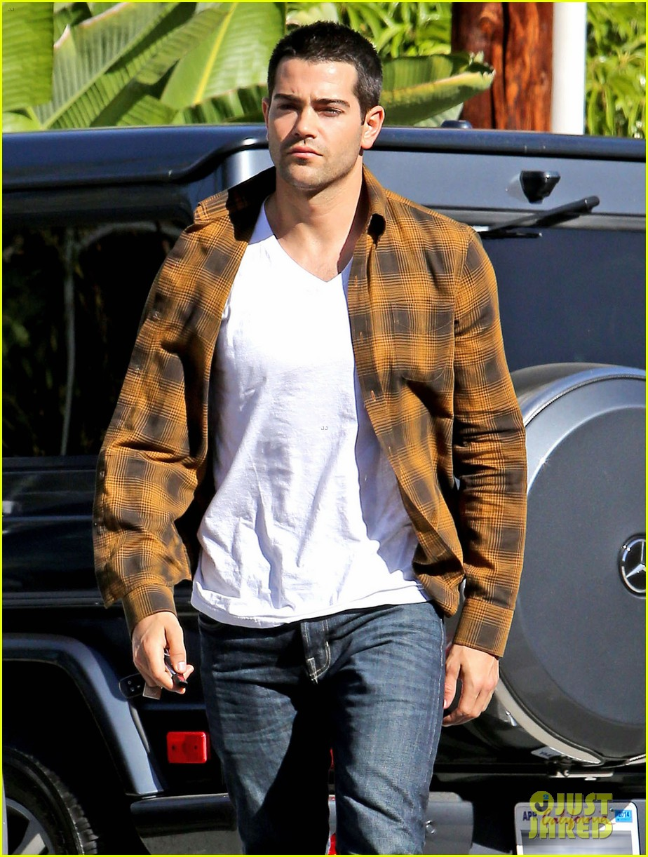 jesse metcalfe fun romantic hero dallas season 3 02