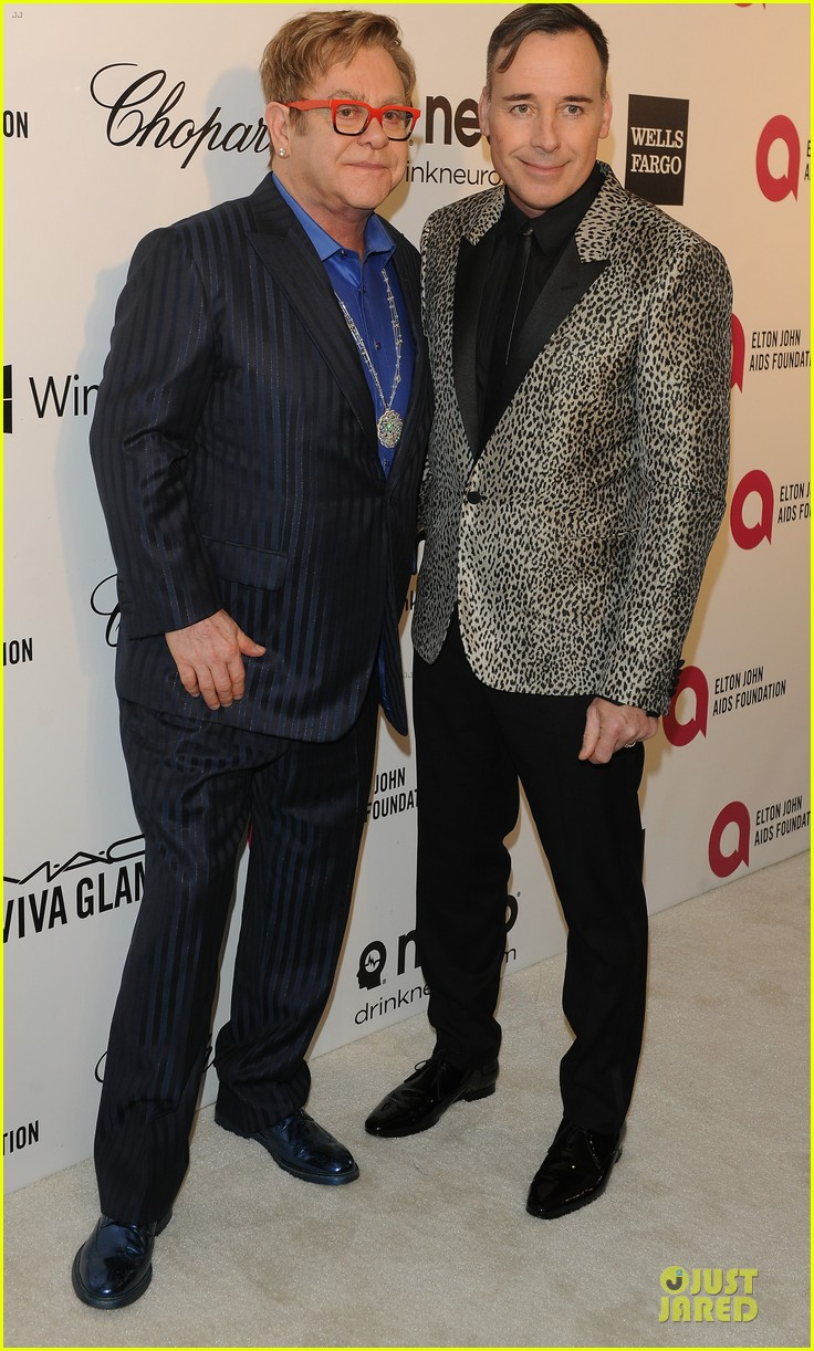 elton john david furnish fierce hosts at annual aids oscars party 2014 053064341