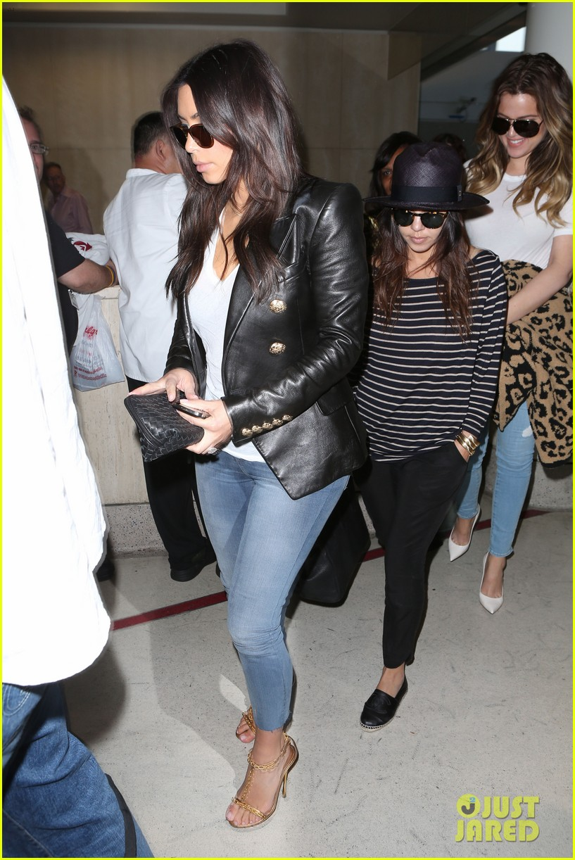kim kourtney khloe kardashian back in los angeles after miami trip 12
