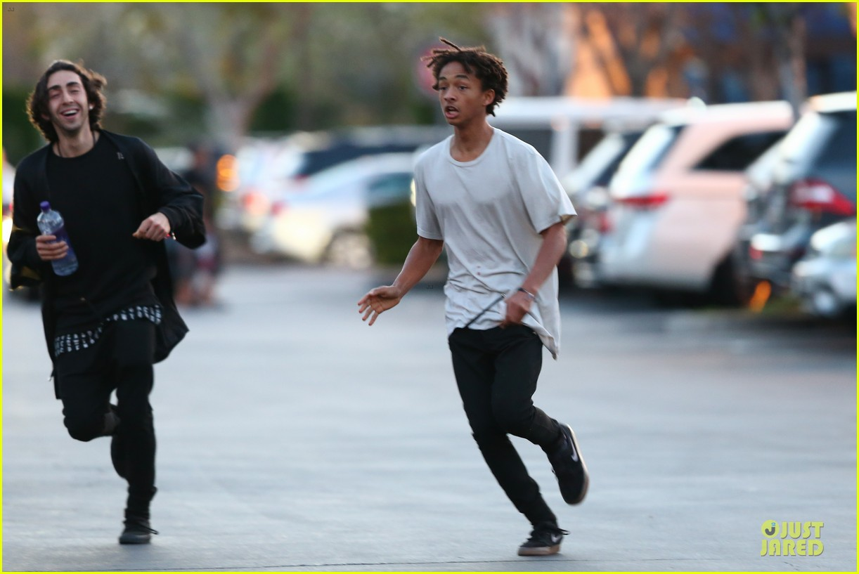 kendall kylie jenner meet up with super excited jaden smith 343072226