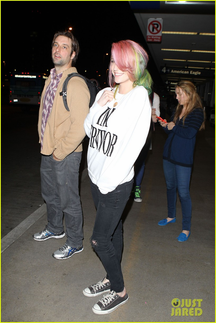 kesha steps out with rainbow hair rehab 043067581