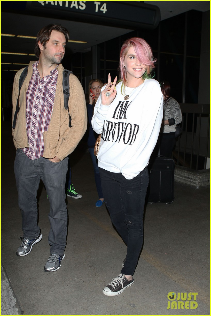 kesha steps out with rainbow hair rehab 073067584