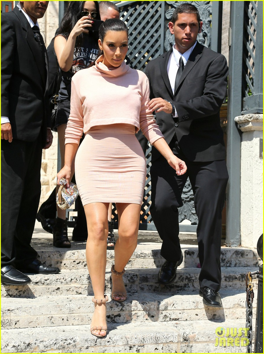 kim kardashian hits miami before dash grand opening 073070525