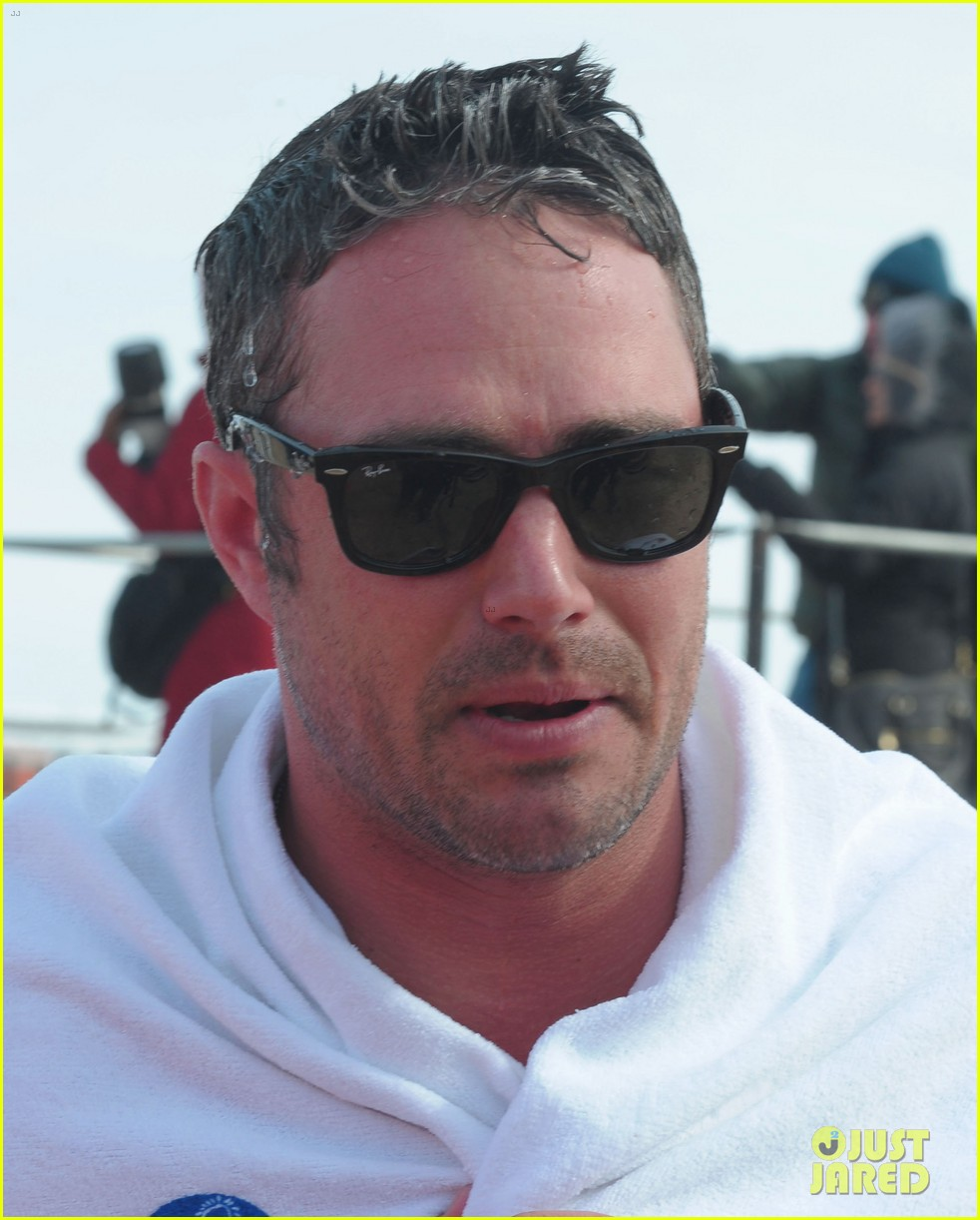 taylor kinney goes shirtless for polar plunge in chicago 103065001