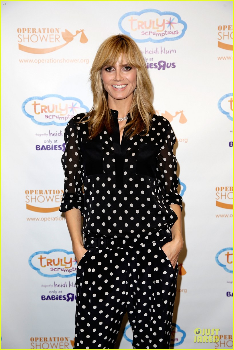 heidi klum is a polkadot sheer host at babies event 07