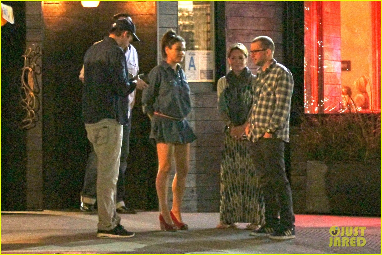 mila kunis ashton kutcher studio city double date 11