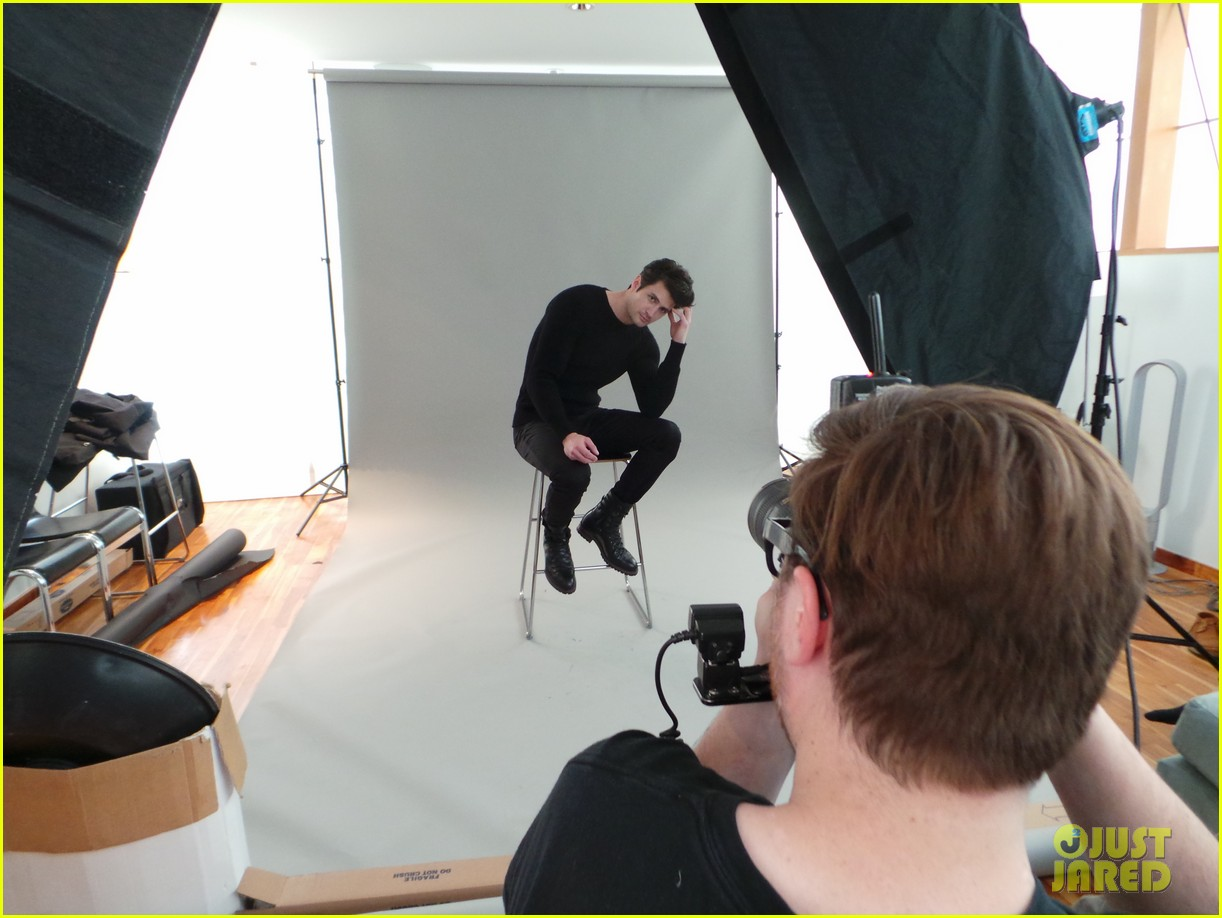 james lafferty jj spotlight behind the scenes pics exclusive 113078427