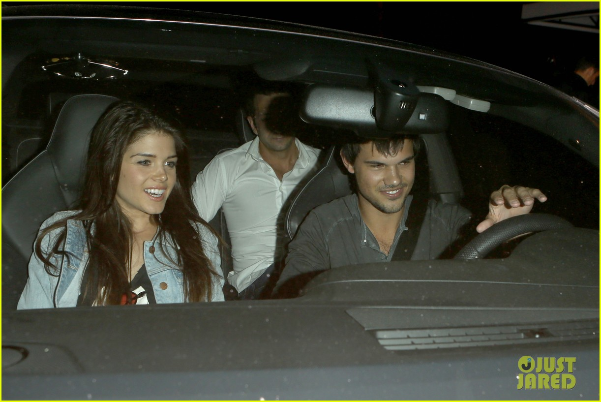 taylor lautner marie avgeropolous look so in love on dinner date 023071932